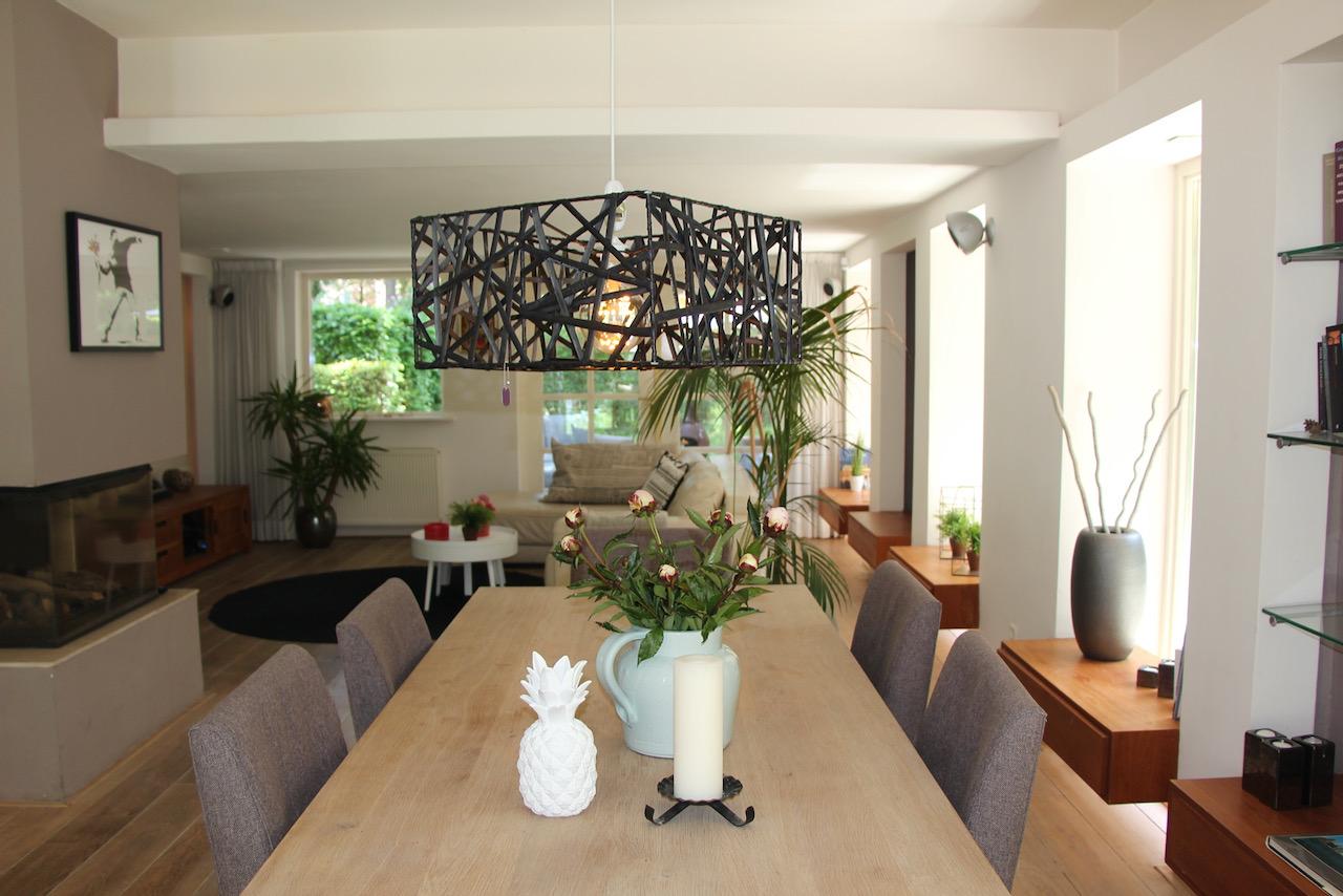 herstofferering, hergebruik lampenkap, styling airbnb
