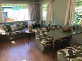 Caravan in jungle look