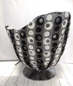 Esprit Wave hoes met zw/w en grijze metallic cirkels ManonRuijgrokdesign meubelstoffering
